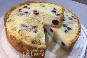 Torta farcita al formaggio Quark con Ciliegie e Cocco